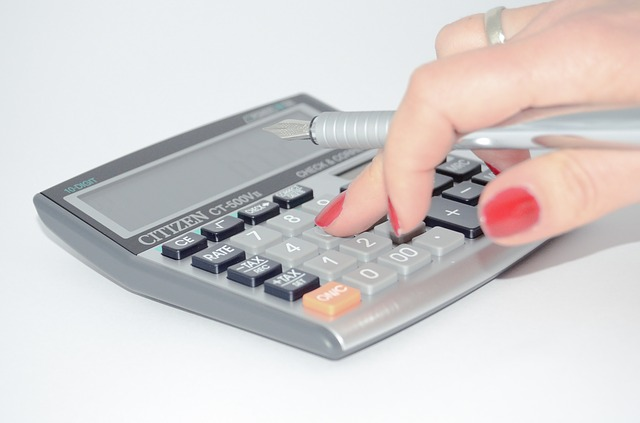 calculator-428294_640-2
