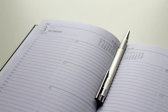 notebook-1925747_640